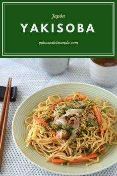 Yakisoba: fideos fritos con verduras. Receta vegetariana. Receta típica de Japón.  http://golososdelmundo.com/2017/05/yakisoba-japon/