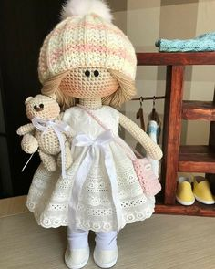 Best 12 This Pin was discovered by tae – Page 819021882210640826 – SkillOfKing. Crochet Doll Pattern, Crochet Patterns Amigurumi, Amigurumi Doll, Crochet Dolls, Crochet Bear, Crochet Home, Crochet Animals, Doll Toys, Baby Dolls