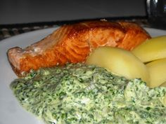 En verden af smag!: Laksestykker med Spinatcreme Fish Recipes, Healthy Recipes, Healthy Food, Scandinavian Food, Fest, Fish Dishes, Lchf, Food And Drink, Yummy Food