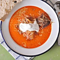 Goulash, Kefir, Thai Red Curry, Stew, Ethnic Recipes, Desserts, Food, Soups, New Years Eve