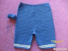 Мастер-класс, вязаный костюм для мальчика. Учимся вязать штанишки. А здесь красивые вязаные костюмы для маленьких девочек http://razpetelka.ru/vyazhem-detkam...