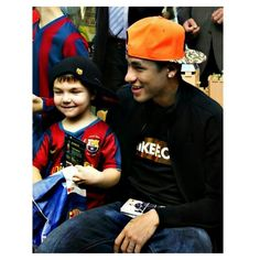 05.01 Ney visited the hospitals and met with children