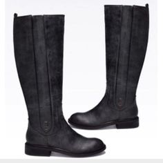 """💯Leather Calvin Klein Riding Boots Authentic, unflawed and beautiful designer boots, only wore twice. They have inner zippers, Pull-on style with twin gores: raised area of the insole of the shoe, which is meant to pad and provide support for the arch of the foot.  1  1/2""""heel, 16 1/2 shaft, Padded, flex insole Medium (fits B width). Really comfortable and great looking riding boots! No Trades. If you have any other questions let me know. **Price is firm. Calvin Klein Shoes Heeled Boots"""