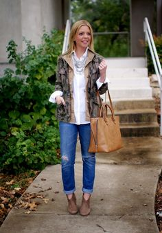 Layering utility jackets for fall & winter. Casual outfit idea.