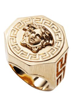 Stand out the crowd, choosing this matchless gold Medusa ring. #Versace #VersaceMenswear
