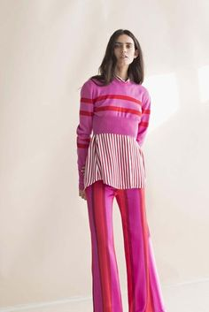 See all the Collection photos from Maggie Marilyn Spring/Summer 2018 Resort now on British Vogue Fashion Line, Red Fashion, Colorful Fashion, Autumn Fashion, Fashion Outfits, Womens Fashion, Fashion Trends, Spring Fashion, Neue Outfits