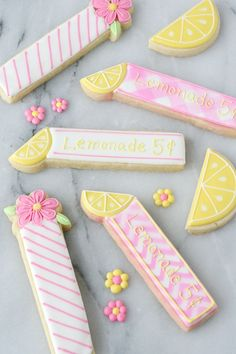 These adorable Lemonade Cookie Sticks are perfect for a lemonade stand or lemon themed party! from /glorioustreats/ Tea Cookies, Fancy Cookies, Cut Out Cookies, Royal Icing Cookies, Cupcake Cookies, Flower Cookies, Birthday Cookies, Cakepops, Rolled Sugar Cookie Recipe
