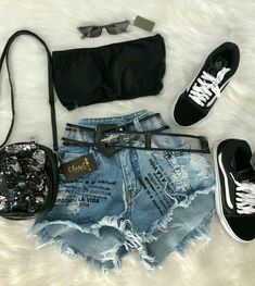 New clothes for teens girls jeans summer outfits Ideas Teen Girl Outfits, Teen Fashion Outfits, Outfits For Teens, New Outfits, Cute Summer Outfits, Cute Casual Outfits, Stylish Outfits, Mode Rockabilly, Look Con Short