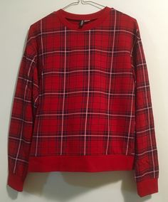 H&M: red tartan long-sleeve top Tartan, Long Sleeve Tops, Sleeves, Mens Tops, T Shirt, Closet, Fashion, Supreme T Shirt, Moda