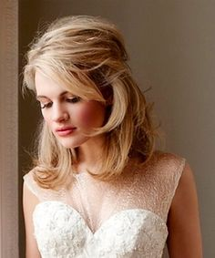 Bride's short side part half up bridal hair ideas Toni Kami Wedding Hairstyles ♥ ❷ Wedding hairstyle Lovely wedding dress gown Hairdo For Long Hair, Wedding Hairstyles For Medium Hair, Short Hair Updo, Formal Hairstyles, Bride Hairstyles, Down Hairstyles, Bridal Hair Half Up Medium, Gorgeous Hairstyles, Dress Hairstyles