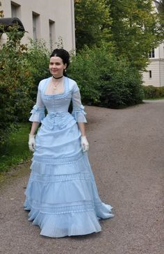 Before the Automobile: 1871 dress aka the Tissot dress