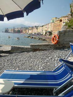 """Spiaggia di """"Hotel Cenobio dei Dogi"""", Camogli Liguria Italia (Luglio)"""