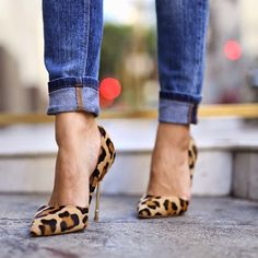 In case you missed it, head on over to MiaMiaMine.com for where to buy these fun @kurtgeiger heels! #lotd #leopard #heels