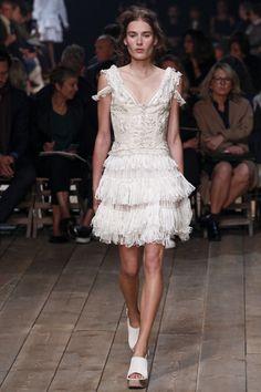 Alexander McQueen Spring/Summer 2016 Fashion Show