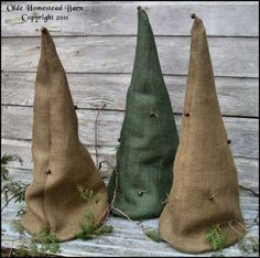Olde Homestead Barn: New ONE Prim Christmas Tree for SALE ACTUAL ITEM FOR SALE