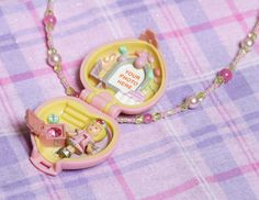 Love Polly Pocket! Hey, I found this really awesome Etsy listing at https://www.etsy.com/listing/159137561/vintage-1992-pretty-present-polly-pocket
