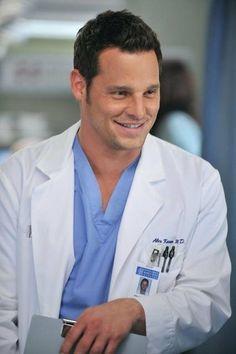 Justin Chambers il 28 gennaio 2008 si è ricoverato spontaneamente all'UCLA Medical Center, nel reparto psichiatrico.