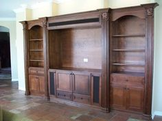 Wall Unit Niche traditional media room