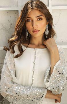 Women's dress salwar kameez with mirror work for Eid party wear. – Natasha Kamal Source by dresses pakistani Simple Pakistani Dresses, Pakistani Dress Design, Pakistani Outfits, Indian Dresses, Shadi Dresses, Pakistani Bridal, Indian Outfits, Mirror Work Kurti, Mirror Work Dress