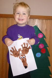 Hand print and Footpring Reindeer - easy project to do with preschoolers for christmas