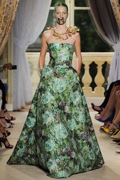 Silence of the lambs meets english country garden at Giambattista Valli couture