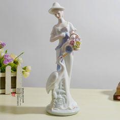 pas cher, Achetez directement de China Suppliers: livraison gratuite en céramique artisanat décorations modernes figurines en porcelaine de décoration à domicile artisanat cadeaux romantiques pour sonUn travail délicat avec bright couleur et morden,
