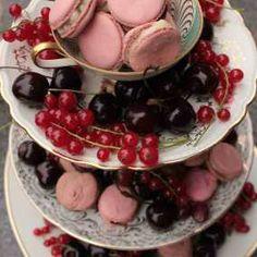#Baby #Shower #Party #Macarons auf dem #Sweet #Table- Dekoshop www.helavik.de