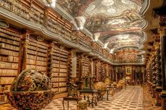Strahover KlosterBibliothek, Prag; Library of Strahov Monastery, Prague; The Theological Hall; The Philosophical Hall