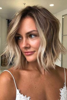 Messy Inverted Medium Bob Haircuts ❤ Medium bob haircuts are fancied by women all around the globe due to their versatility and a huge number of winning qualities. See our photo gallery. Medium Hair Cuts, Medium Hair Styles, Short Hair Styles, Messy Medium Hair, Plait Styles, Medium Cut, Medium Brown, Bob Haircuts For Women, Long Bob Haircuts