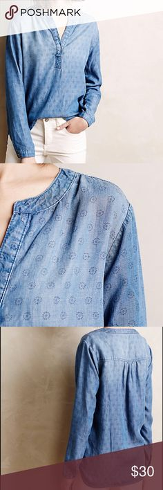 """Anthropologie Cloth & Stone Dotted Chambray Henley Pullover styling Loosely fitted Long sleeves Machine wash  ______________Approximately____________Armpit to armpit 21"""" across  25""""L Anthropologie Tops"""