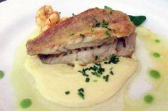 Salmonetes con crema de langostinos al ajillo. Mullets with prawns cream and garlic sauce. Restaurante Hermanos Carrasco. Jerez de la Frontera (Cádiz-Spain)