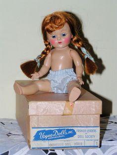 VOGUE STRUNG GINNY 1952-53 TO DRESS - BASIC IN ORIGINAL BOX, PRETTY TOSCA HAIR #hardplasticstrungVogueGinnyDOLL