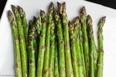 Grilled Asparagus with Prosciutto, Fried Bread, Poached Egg, and Aged Balsamic Vinegar Vegetable Dishes, Vegetable Recipes, Vegetarian Recipes, Healthy Recipes, Healthy Foods, Grilled Asparagus, Asparagus Recipe, Grow Asparagus, Asparagus Salad