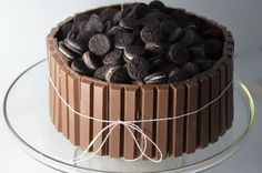 I made a Kit Kat Cake awhile ago and loved the simple way the candy bar dressed up a cake. My son requested chocolate cake for his birthday yesterday, so while searching around for a fun version I … Eggless Chocolate Cake, Chocolate Ice Cream, Easy Cake Decorating, Birthday Cake Decorating, Cupcakes, Cupcake Cakes, Oreo Torta, Oreo Cake Recipes, Bithday Cake