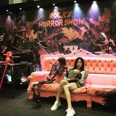 """335.6k lượt thích, 2,990 bình luận - TaeYeon (@taeyeon_ss) trên Instagram: """"☠️ #rockyhorrorshow #최수진 #최고"""""""