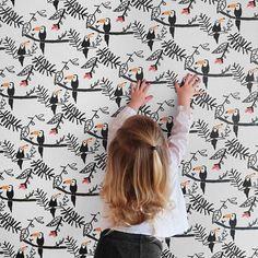 Tucan Wallpaper from @nofred | DKK 599. Shop link in bio. #studiominishop #nofred #tucanwallpaper #wallpaperforkids #kidsroom #kidsdecor #kidsinterior #kidsroomdecor #tapet #børnetapet #børneværelse #børneinteriør #børneværelseinspiration