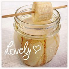 Erdnussbutter-Bananen Shake Peanut Butter, Sugar, Drinks, Food, Peanut Butter Banana, Drinking, Beverages, Meal, Essen
