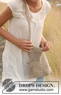 "Knitted DROPS bag with lace pattern in ""Lin"". ~ DROPS Design"