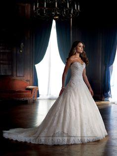 Strapless Sweetheart Ball Gown Wedding Dress with Draped Bodice and Dropped Waist #vestidodenovia | #trajesdenovio | vestidos de novia para gorditas | vestidos de novia cortos http://amzn.to/29aGZWo
