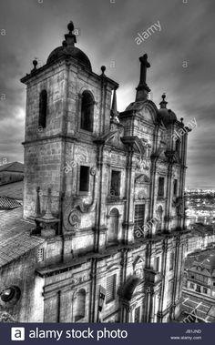 Dieses Stockfoto: Igreja Santo Lourenco at dusk, Oporto, Porto, portugal, Europe - JB1JND aus der Alamy-Bibliothek mit Millionen von Stockfotos, Illustrationen und Vektorgrafiken in hoher Auflösung herunterladen.