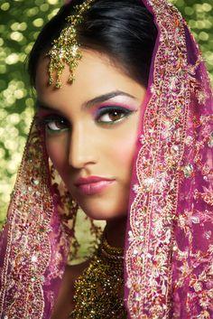 Tendencias Bodas: Novias Estilo Bollywood #novias #bollywood #tendencias #HispaBodas