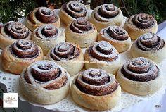 Villámgyors kakaós csiga, ha édes finomságra vágysz, amivel nincs sok munka! Homemade Cakes, Dessert Recipes, Desserts, Mini Cupcakes, Bakery, Cheesecake, Food And Drink, Cooking Recipes, Sweets