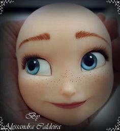 Disney Frozen Anna face<< why is it just a face like what Disney Frozen Party, Disney Frozen Anna, Elsa Frozen, Torte Frozen, Frozen Theme Cake, Fondant Toppers, Fondant Cakes, Cupcake Cakes, Frozen Fondant