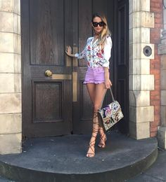 Shirt Blouses, Hot Girls, Pure Products, Shirt Dress, Shorts, My Style, Lady, Instagram Posts, Clothes