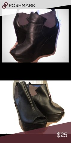 """Michael Antonio Leather Peep Toe Wedge size 9 Fun leather peep toe wedges by Michael Antonio. Very comfortable for the height(over 4""""). Size 9. Like new! Michael Antonio Shoes Wedges"""