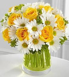 Yellow roses and daisies. SUNSHINE in a vase! I had daisies for my wedding bouquet.wish I knew I loved yellow roses back then. Spring Flower Arrangements, Beautiful Flower Arrangements, Unique Flowers, Spring Flowers, Floral Arrangements, Beautiful Flowers, Flowers In A Vase, Happy Flowers, Send Flowers