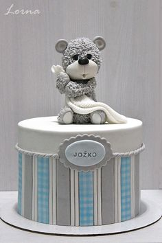 Kids birthday cake, blue and grey cake, gender reveal cake. For more cake inspiration check out my Beautiful Wedding and Engagement Cakes ideas And also for Wedding, Birthday and Occasions Baby Boy Cakes, Cakes For Boys, Baby Shower Cakes, Baby Boy Shower, Bolo Fondant, Beautiful Cakes, Amazing Cakes, Teddy Bear Cakes, Nautical Cake