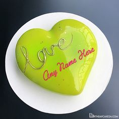 Write Name On Green Heart Birthday Cake For Lover