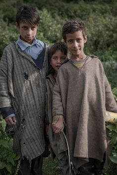 """Chatpal would be mini-Pahalgam. """"Guinea pigs"""" for this offbeat place in Kashmir, losing oneself to nature is the star attraction of Chatpal. India For Kids, Kashmir India, Love Songs For Him, Touch Of Gray, Srinagar, Tribal People, Paradise On Earth, Poses For Photos, People Of The World"""