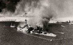Italians scuttling warship San Giorgio in Tobruk harbour